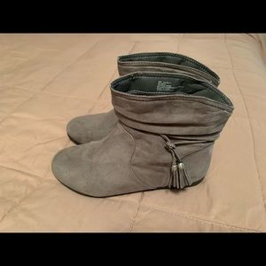 Gray suede like booties